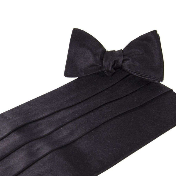Classic Solid Black Satin Cummerbund and Bow Set by Collared Greens