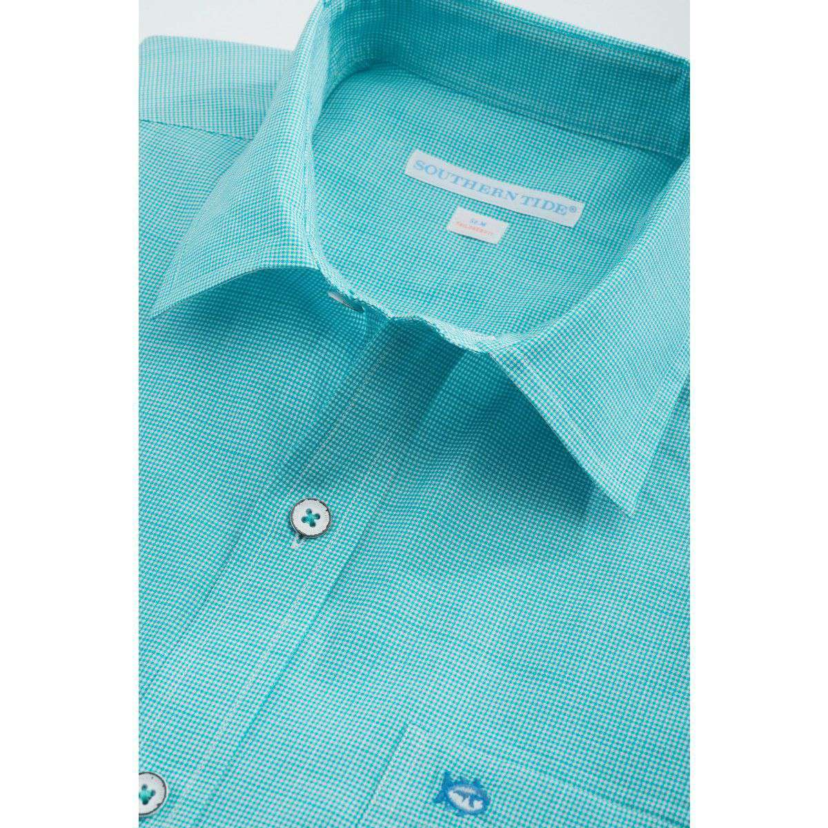 Men's Button Downs - Tailored Short Sleeve Cast Off Check Sport Shirt In Tidal Wave Green By Southern Tide