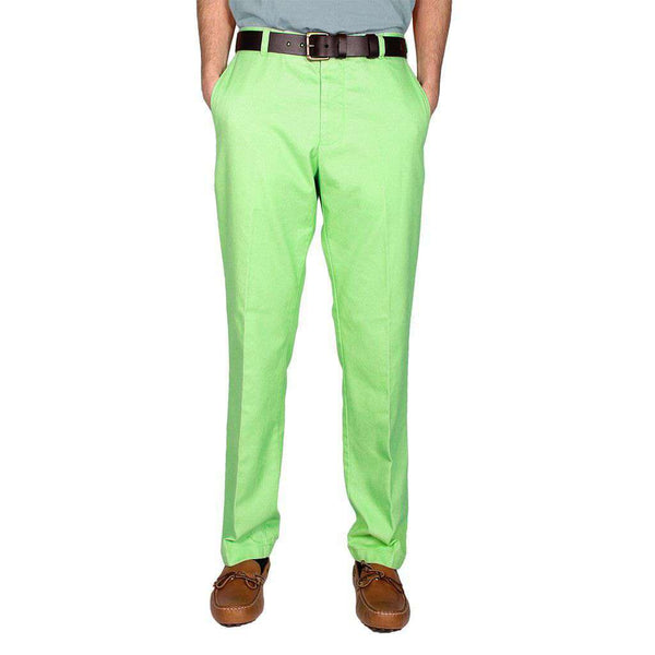 Men's Pants - Trim Fit Skipjack Pants In Kiwi By Southern Tide