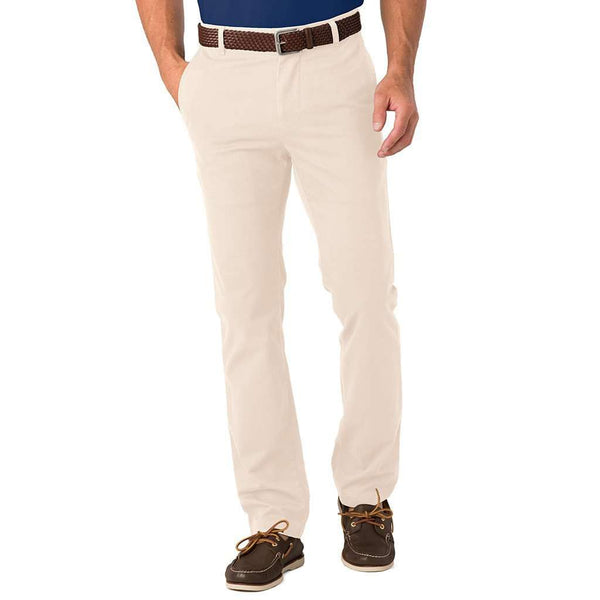 Men's Pants - Trim Fit Skipjack Pants In Stone By Southern Tide