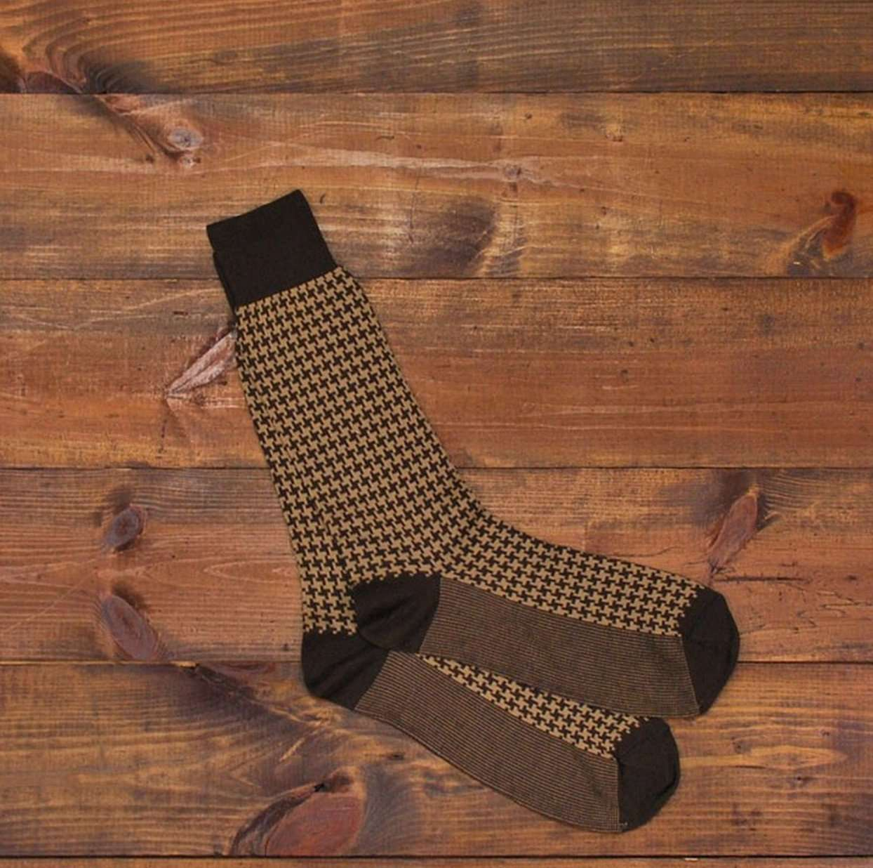 Men's Socks - Pima Cotton Houndstooth Socks In Walnut By Martin Dingman