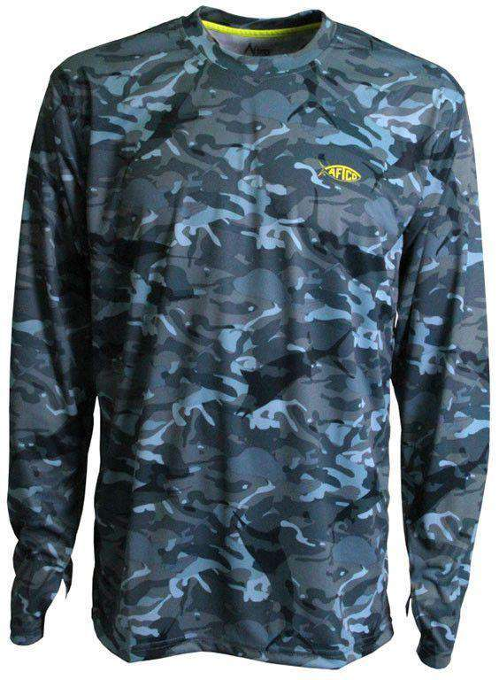 Men's Tee Shirts - Caster Long Sleeve Sun Shirt In Blue Camo By AFTCO