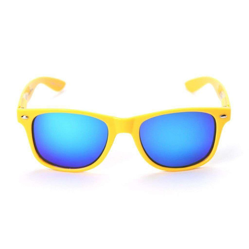 Cal-BerkeleyThrowback Sunglasses in Gold by Society43