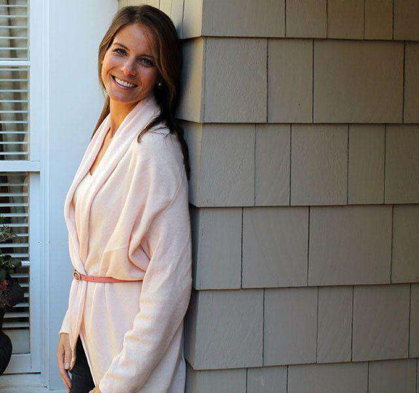 Cashmere Cocoon Cardigan in Light Pink by Cortland Park