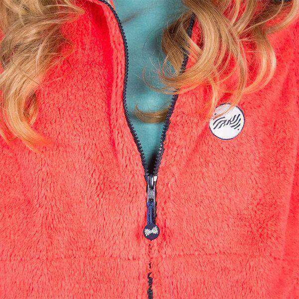Women's Vests - Fleece Vest In Coral By The Fraternity Collection