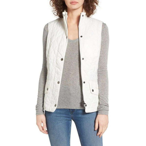 Women's Vests - Flyweight Cavalry Quilted Gilet In Cloud By Barbour