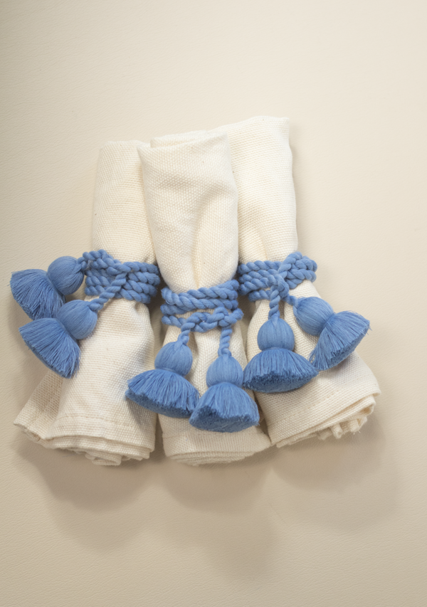 Raw Cotton Napkins and Blue Napkinrings - Lula Mena