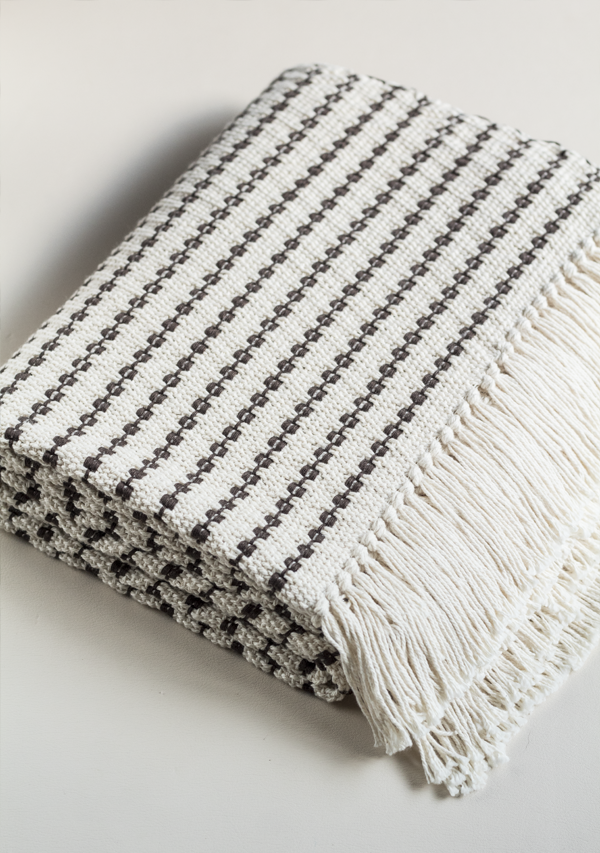 Handwoven Grey Dots Blanket - Lula Mena