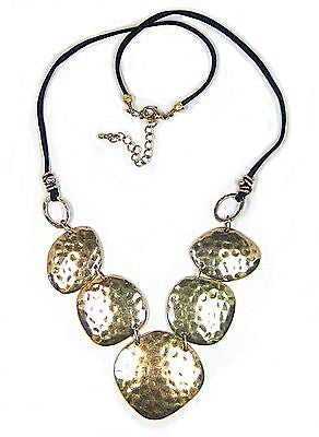 Yoana Necklace in Hammered Metal