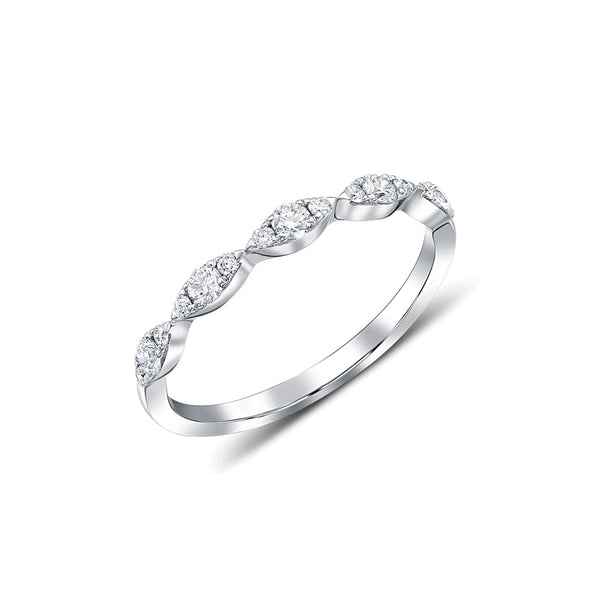 18kt White Gold Marquise Motif Diamond Ring