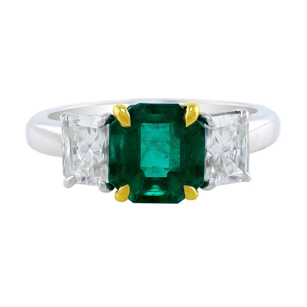050024 Estate Platinum Emerald Diamond Ring