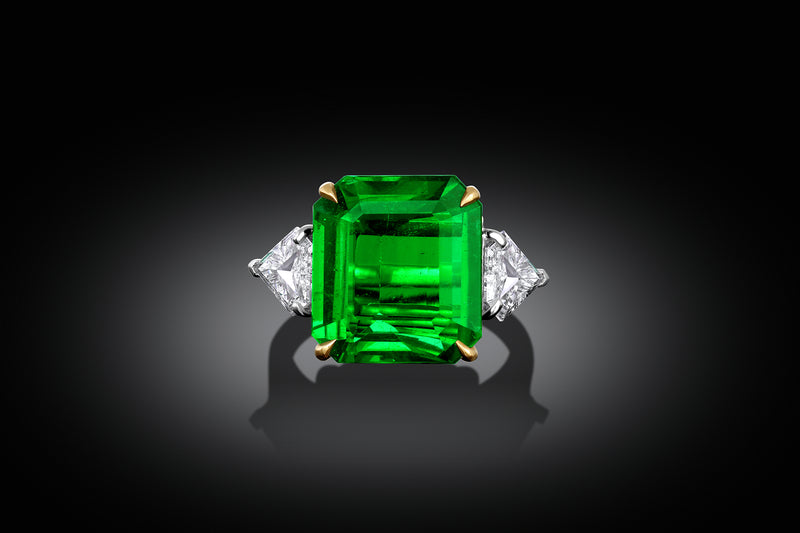 Platinum and 18K Yellow Gold 8.50ct Natural Zambian Emerald Diamond Ring