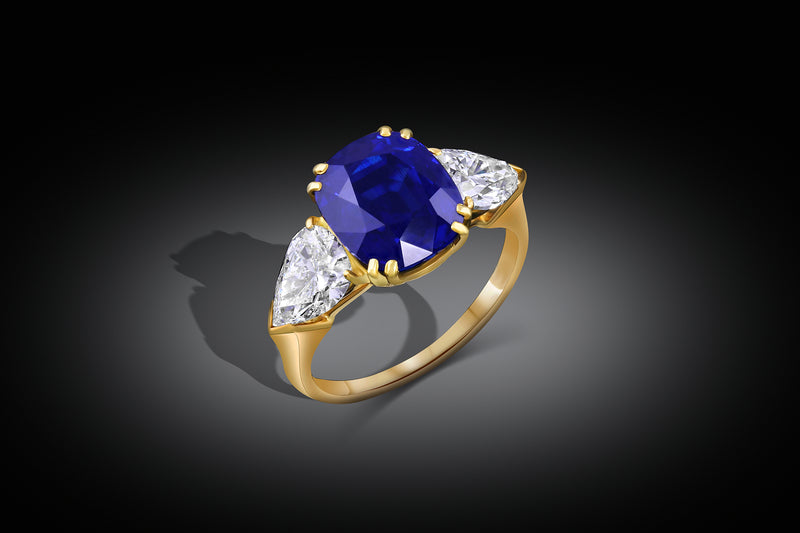 """HARRY WINSTON"" 5CT NATURAL UNHEATED SAPPHIRE DIAMOND RING"