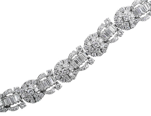 Estate 1950's 22ct Diamond Bracelet