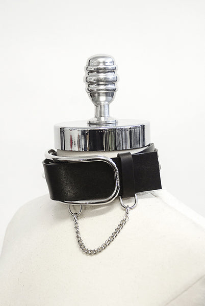 Oversized Buckle Choker with Chain