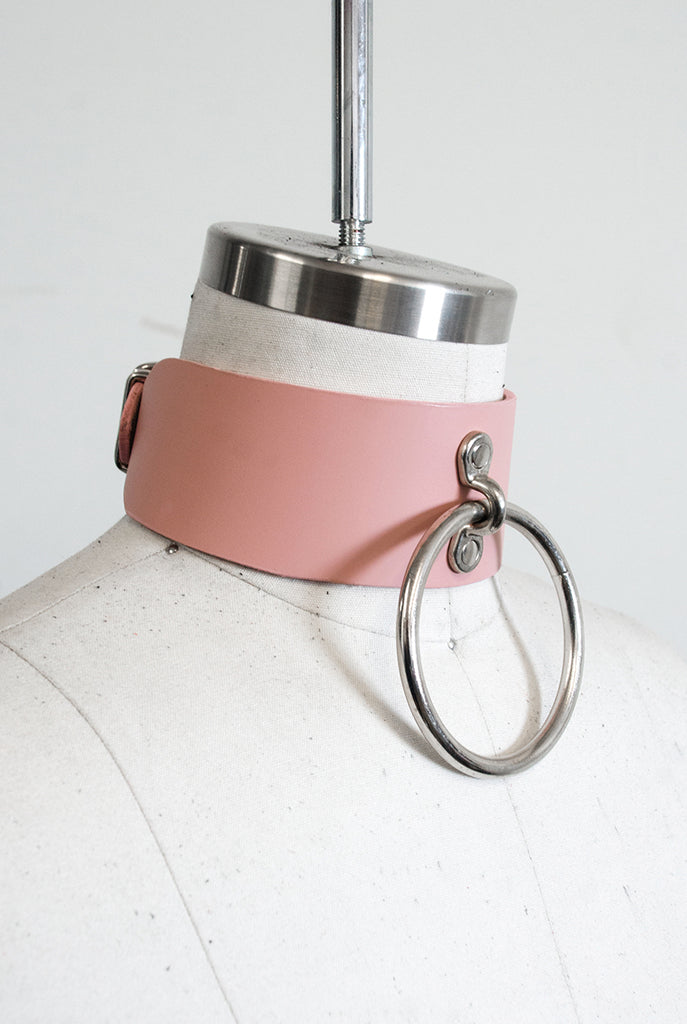 Oversized O-Ring Choker - Blush