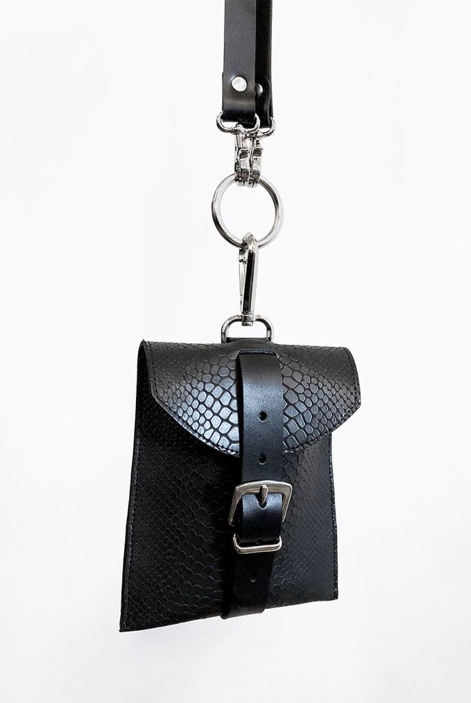 Chris Pocket Bag - Black Snake (Embossed)