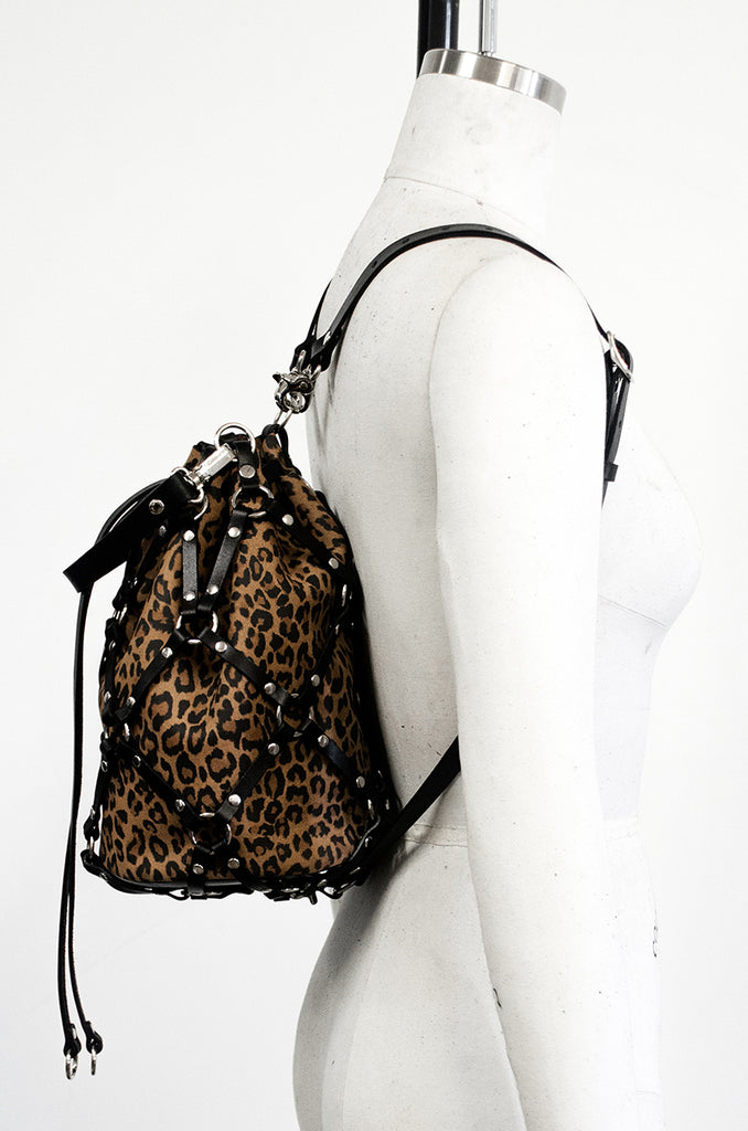 Medium Linked Bucket Bag + Backpack -*Limited Edition Leopard*