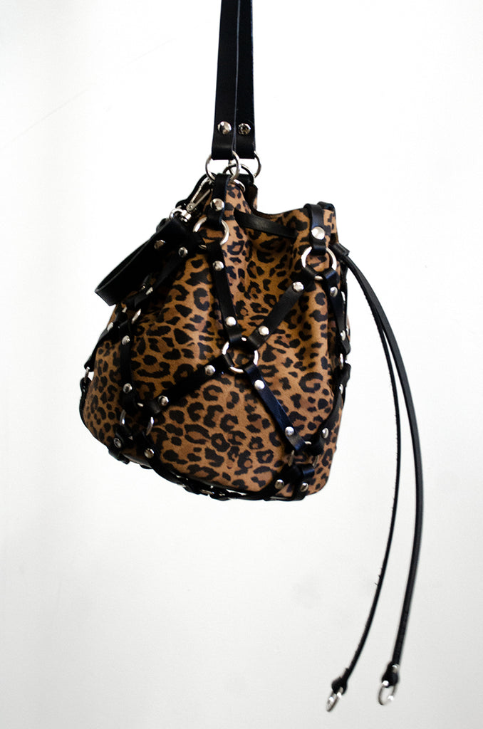 Mini Linked Bucket - *Limited Edition Leopard*
