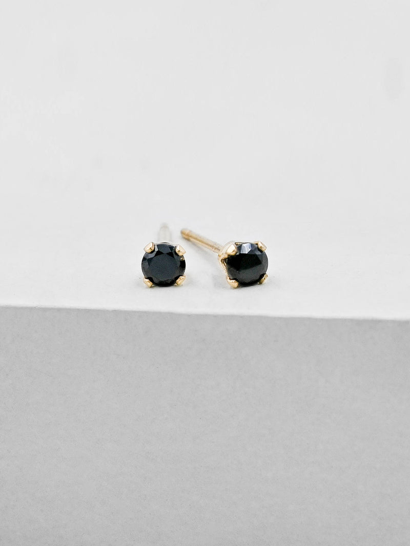Basic Solitaire Stud - Gold + Black