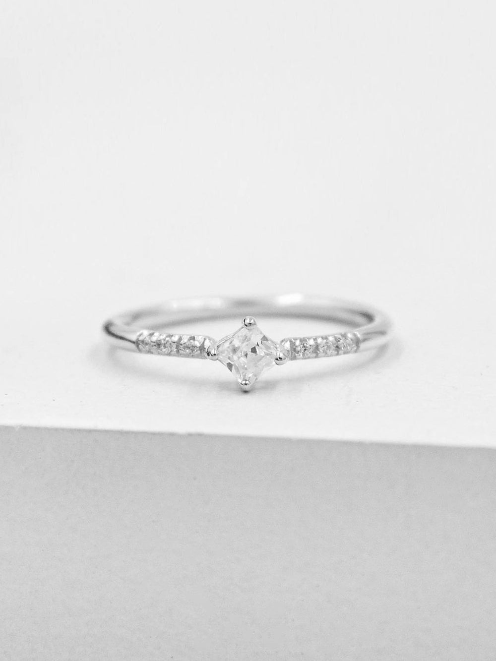 Diamond Shaped Ring - Silver
