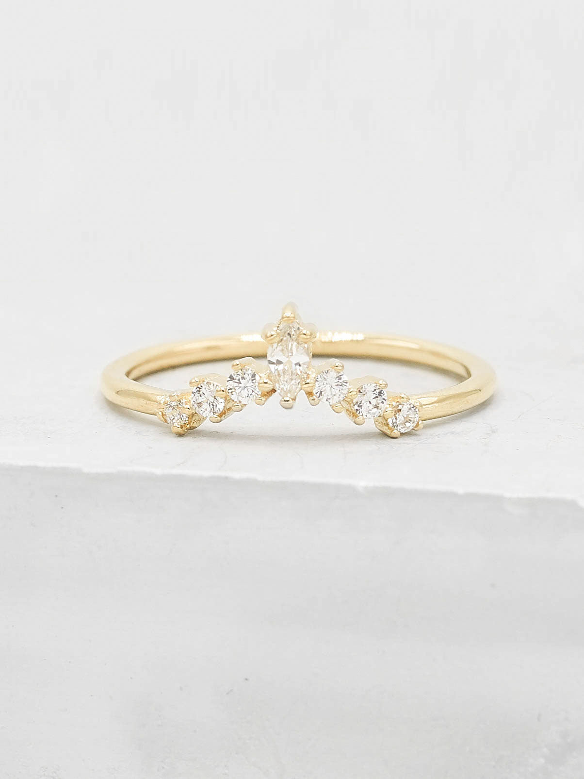 Marquise V Ring - Gold