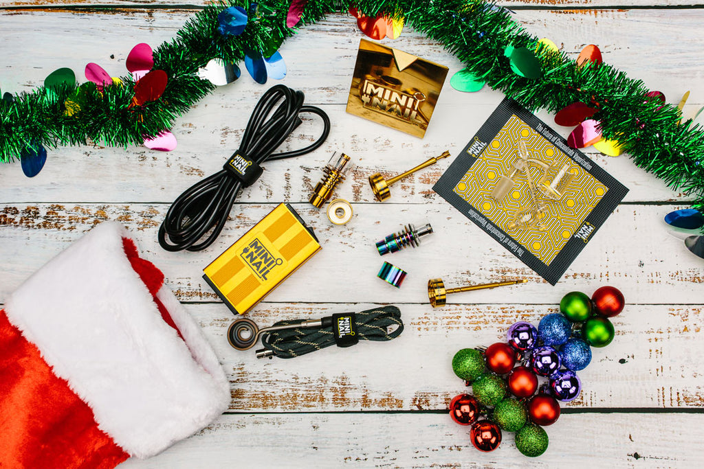 MiniNail Holiday Gift Guide for the Dabber in your Life
