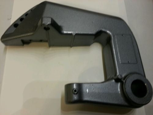 Genuine Yamaha saddle clamp bracket NEW 6L2-43112-05-EK (hc)