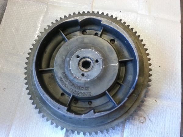 1973 Evinrude Johnson 0581108 Flywheel Assembly 20 HP (MT*)