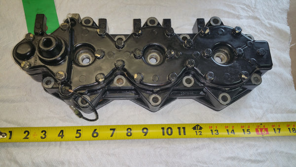 1983-92 Evinrude Johnson 0328324 0332544 332544 Port Cylinder Head 150-235 HP*
