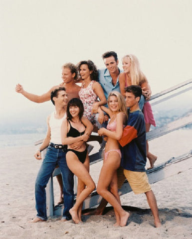 90210 Cast  Luke Perry Jason Priestley Shannen Dougherty Jennie Garth  Color 8x10 Photograph