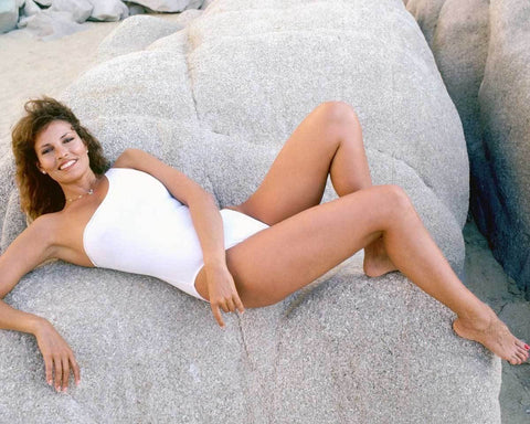 Raquel Welch Color 8x10 Photograph