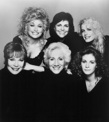 Steel Magnolias Dolly Parton Sally Field Julia Roberts Shirley Maclain   8x10 Photograph