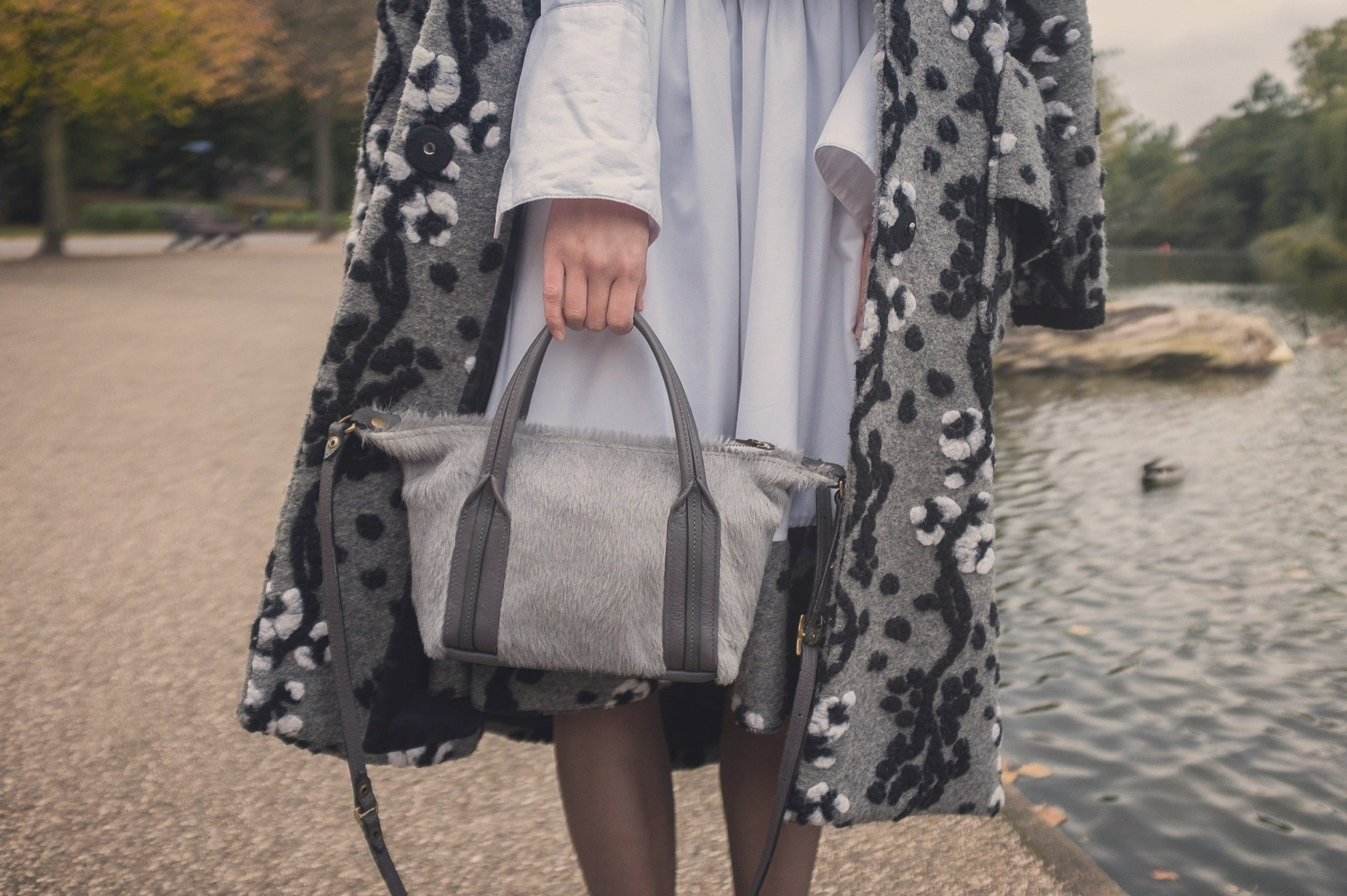 Victoria Park London featuring Jas MB London wings traveller bag and YUAN gray coat 3 | On Slowness