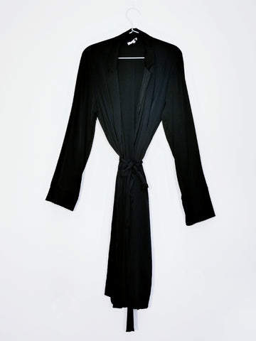 Gold Hawk chic robe black