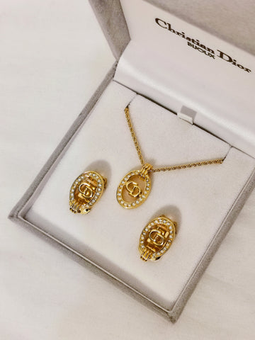 vintage Christian Dior earrings & necklace set | on slowness