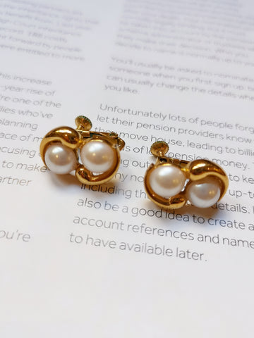 Napier faux pearls clip-on earrings (Vintage)