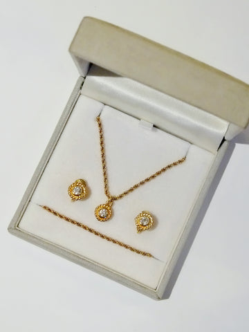 vintage Christian Dior necklace & earrings set | on slowness