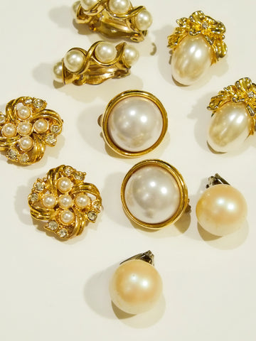 The pearls in different styles (Vintage Clip-on Earrings)