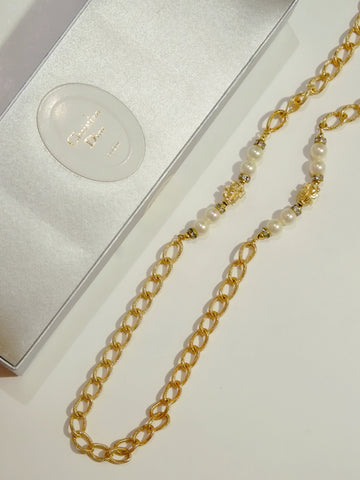 vintage christian dior long necklace | on slowness