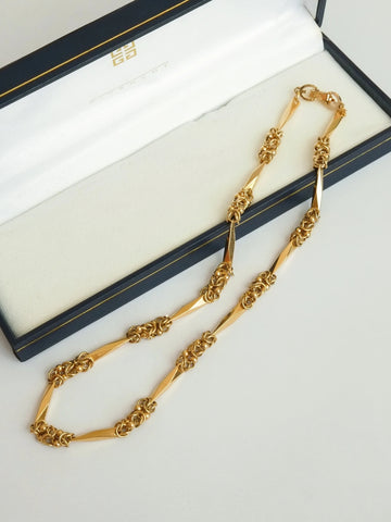 Givenchy chain necklace (Vintage)
