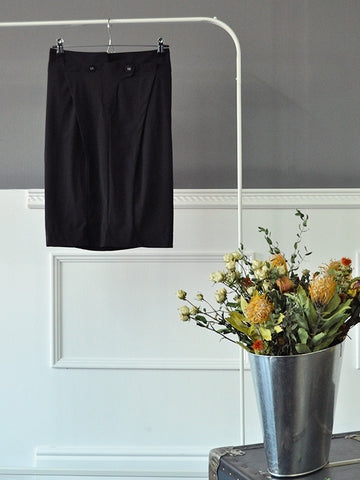 Darter Black Stretch Skirt by Marithé et François Girbaud | On Slowness