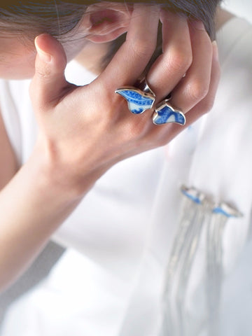 Yichuan Jewellery silver and antique blue and white porcelain angel ring | On Slowness Fashion