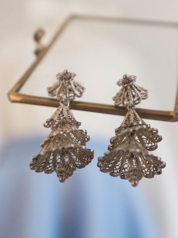 Ruffles (Vintage Clip-on Earrings)