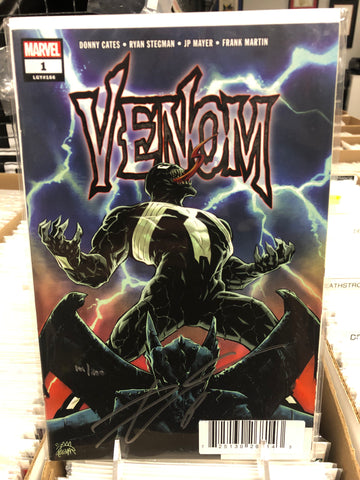 DYNAMIC FORCES VENOM #1 SIGNED BY DONNY CATES