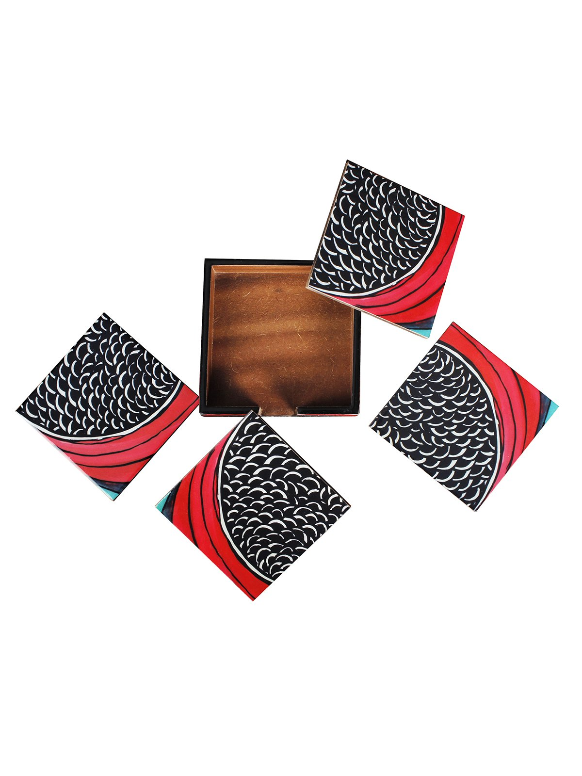 Handcrafted Wave Patterns Tableware Set (Set of 4)