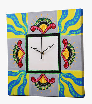 Hand-painted Majestic Melange Wall Clock - RANGRAGE