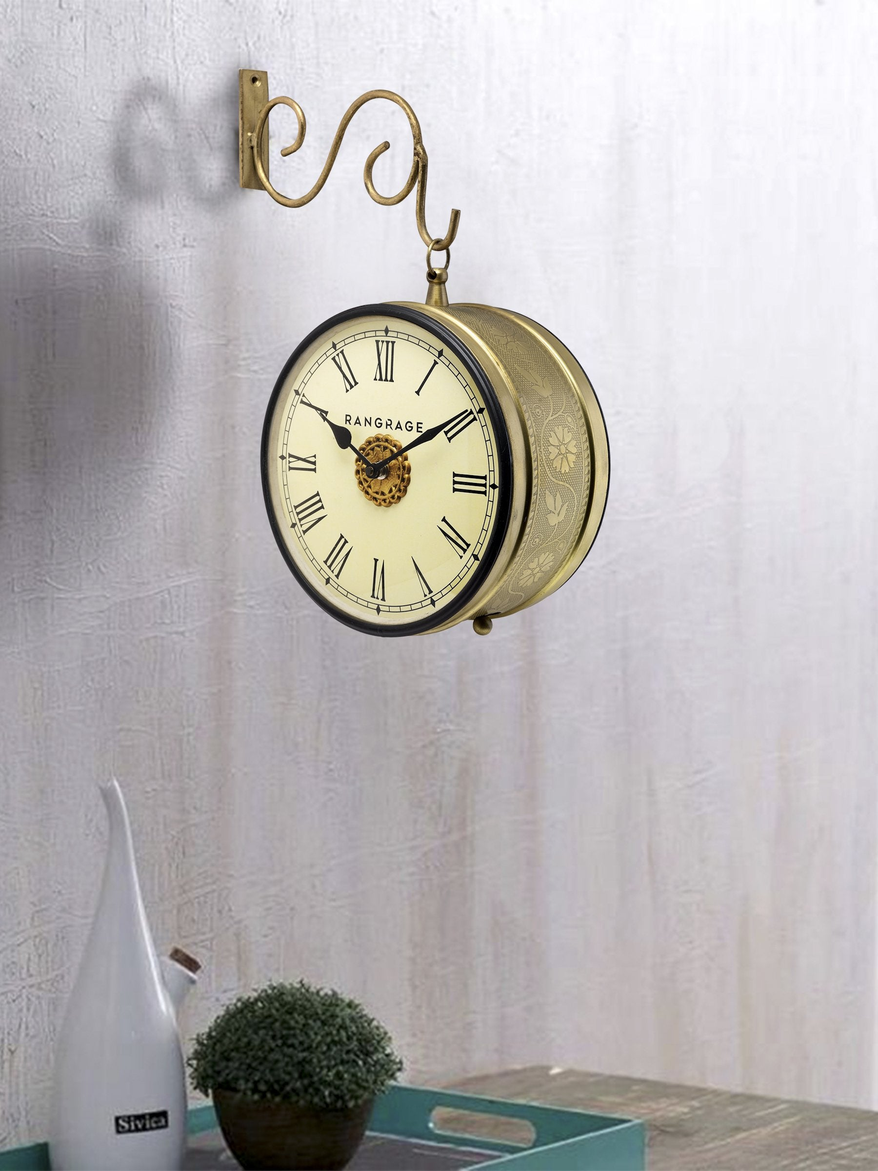 handcrafted vintage gold double side platform clock