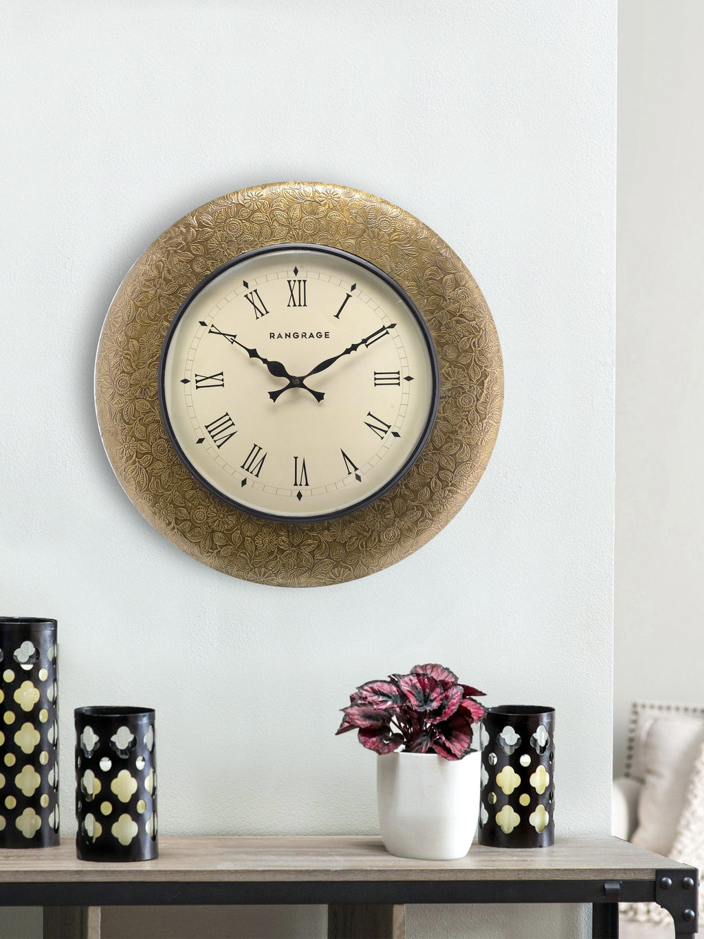 Handcrafted Golden Fete Wall Clock