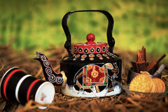 Hand-painted Royal Reprise Kettle - RANGRAGE